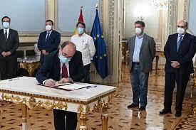 Firmado el Acuerdo para reducir la temporalidad en las AAPP